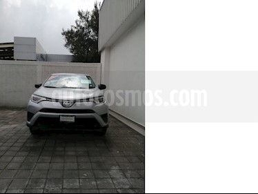 Foto venta Auto usado Toyota RAV4 LE (2017) color Plata precio $289,000