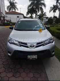 Toyota RAV4 LE usado (2014) color Plata precio $229,000