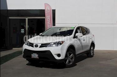 Foto venta Auto Seminuevo Toyota RAV4 LE (2015) color Blanco precio $265,000