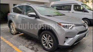 Foto venta Auto usado Toyota RAV4 Limited 4WD (2016) color Plata precio $339,000