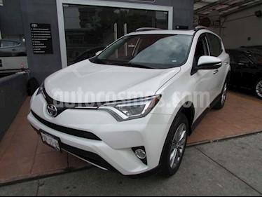 Foto venta Auto usado Toyota RAV4 Limited 4WD (2017) color Blanco precio $440,000