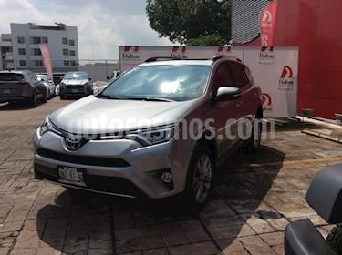 Foto venta Auto Seminuevo Toyota RAV4 Limited 4WD (2017) color Plata precio $429,000