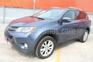 Foto venta Auto Seminuevo Toyota RAV4 Limited Platinum (2018) color Azul precio $310,000