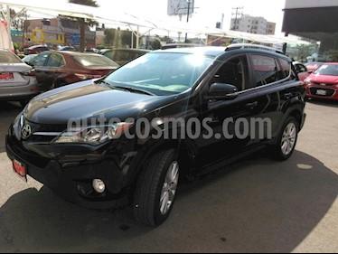 Foto venta Auto Seminuevo Toyota RAV4 Limited (2015) color Negro precio $299,000