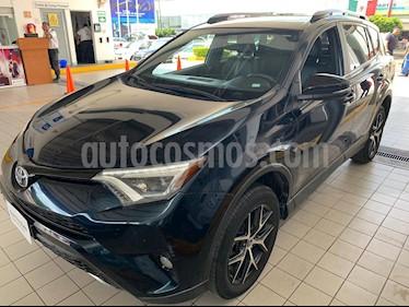 Toyota RAV4 SE 4WD usado (2017) color Azul precio $334,900
