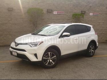 Toyota RAV4 5p XLE Plus L4/2.5 Aut usado (2017) color Blanco precio $325,000