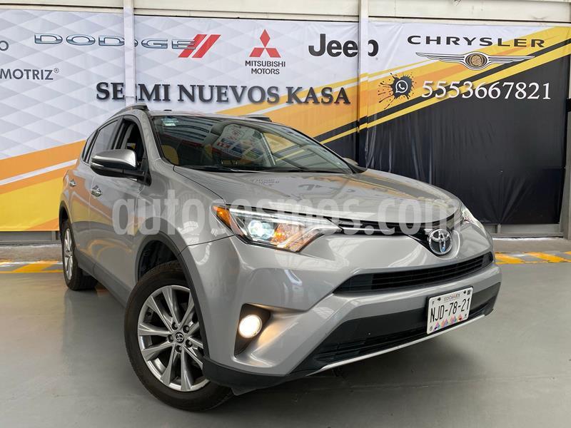 Toyota RAV4 3.5L Limited usado (2016) color Plata Dorado precio $320,000