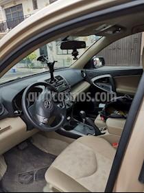 Toyota RAV4 2.5L Base usado (2012) color Arena precio $174,800