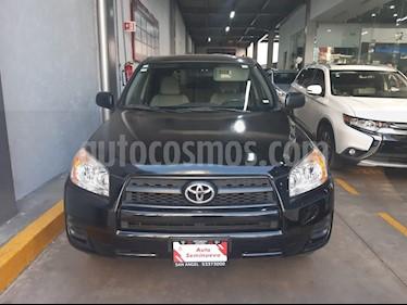 Toyota RAV4 2.5L Base 3a. fila de asientos usado (2010) color Negro precio $140,000