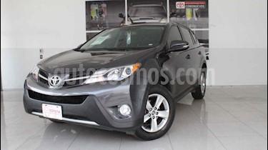 Toyota RAV4 2.4L Limited usado (2015) color Gris precio $290,000