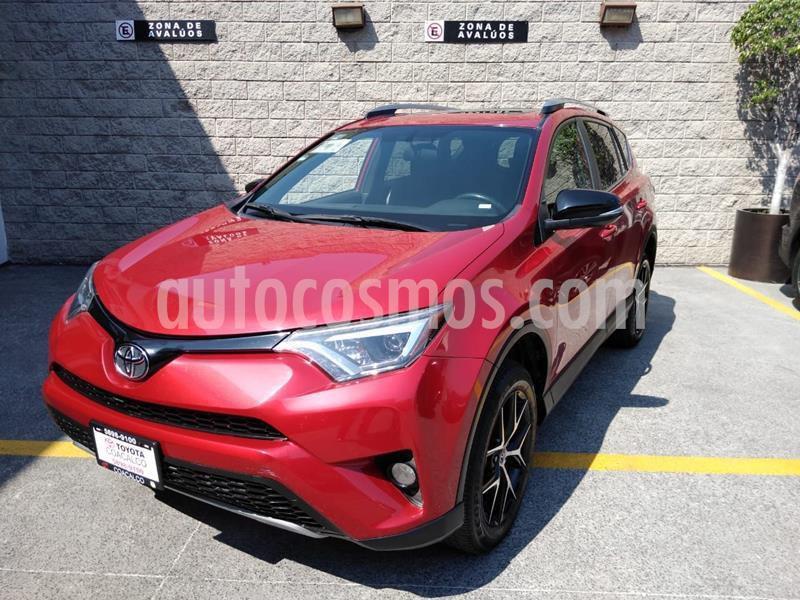 Toyota RAV4 SE 4WD usado (2017) color Rojo precio $365,000
