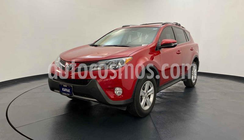 Toyota RAV4 XLE 4WD usado (2013) color Rojo precio $227,999