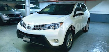 Toyota RAV4 5p Limited L4/2.5 Aut usado (2015) color Blanco precio $269,000