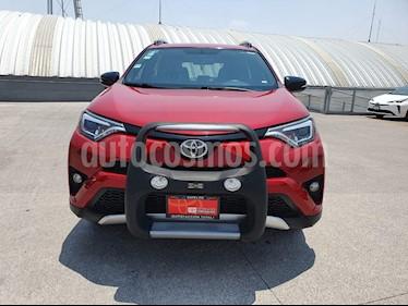Toyota RAV4 SE 4WD usado (2016) color Rojo precio $349,000