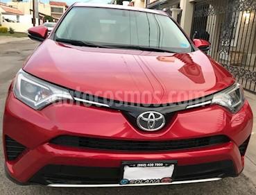 Toyota RAV4 XLE Plus 4WD usado (2016) color Rojo precio $340,000