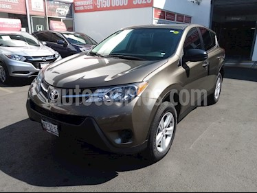 Toyota RAV4 LE usado (2014) color Bronce precio $230,000