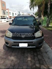 Toyota RAV4 2.4L Base usado (2005) color Negro precio $89,000