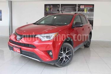 Toyota RAV4 5p SE L4/2.5 Aut usado (2017) color Rojo precio $370,000