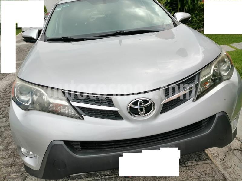 Toyota RAV4 2.5L Sport Piel usado (2015) color Plata precio $240,000