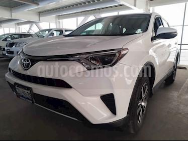 Toyota RAV4 5p XLE L4/2.5 Aut usado (2016) color Blanco precio $289,000