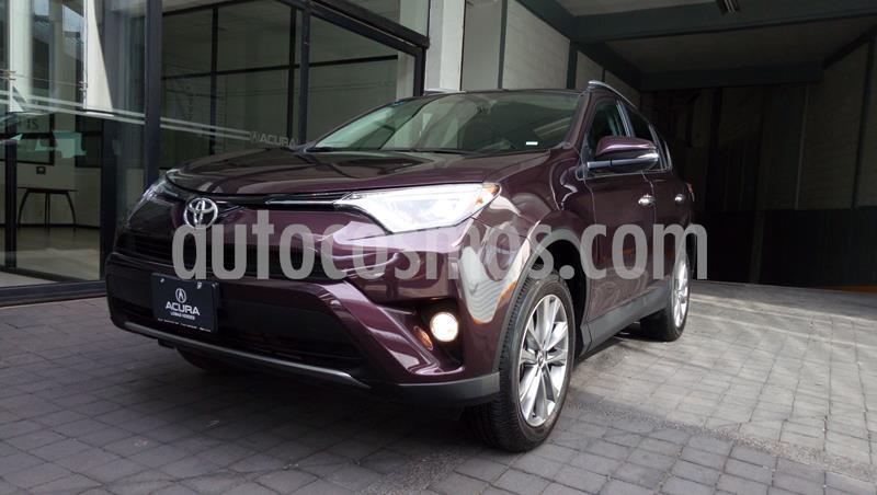 Toyota RAV4 Limited usado (2017) color Violeta precio $399,000