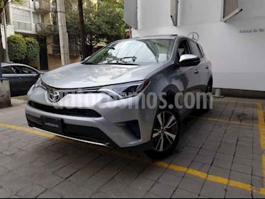 Toyota RAV4 5p XLE L4/2.5 Aut usado (2016) color Plata precio $320,000