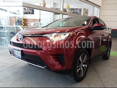 Toyota RAV4 XLE 4WD usado (2018) color Rojo precio $339,900