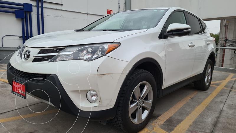 Foto Toyota RAV4 Limited 4WD usado (2015) color Blanco Perla precio $279,000