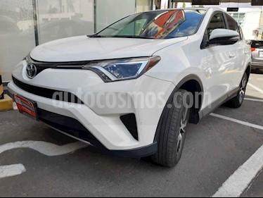 Toyota RAV4 5p XLE L4/2.5 Aut usado (2017) color Blanco precio $320,000