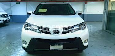 Toyota RAV4 5p Limited L4/2.5 Aut usado (2015) color Blanco precio $265,000