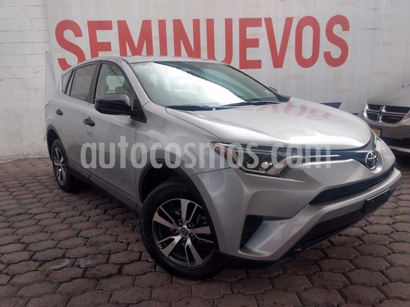 Toyota RAV4 2.5L Base usado (2018) color Gris precio $275,000