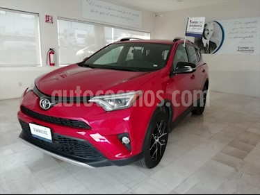 Toyota RAV4 L4 SE usado (2016) color Rojo precio $329,000