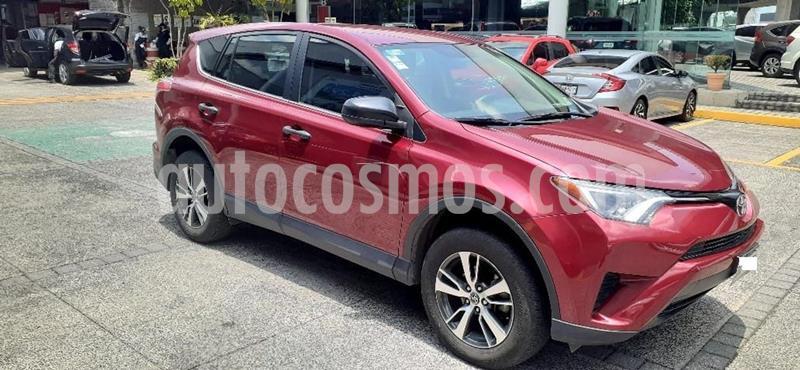 Toyota RAV4 2.5L Base usado (2018) color Rojo precio $319,000