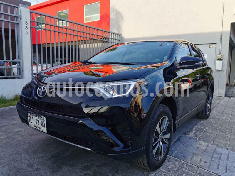 Toyota RAV4 XLE  usado (2018) color Negro precio $345,000