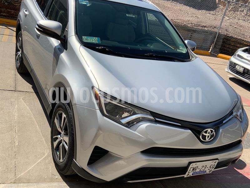 Foto Toyota RAV4 XLE  usado (2017) color Plata Dorado precio $330,000