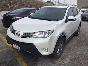 Toyota RAV4 5p Limited L4/2.5 Aut usado (2015) color Blanco precio $318,000