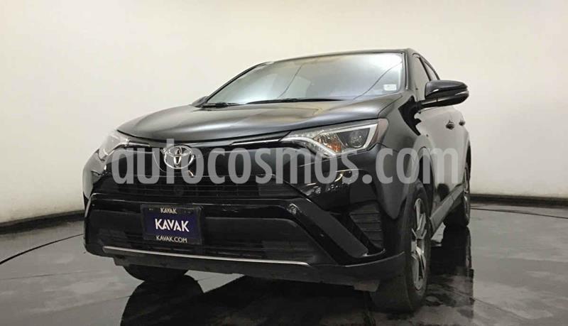 Toyota RAV4 XLE 4WD usado (2017) color Negro precio $342,999