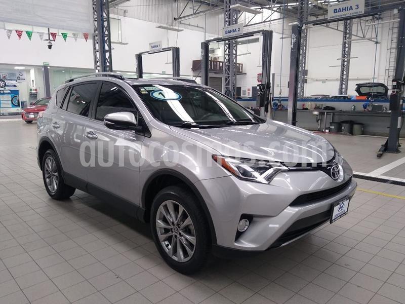 Toyota RAV4 3.5L Limited usado (2017) color Plata Dorado precio $365,000