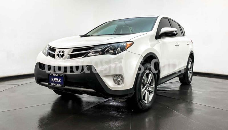 Toyota RAV4 Limited Platinum usado (2015) color Blanco precio $302,999