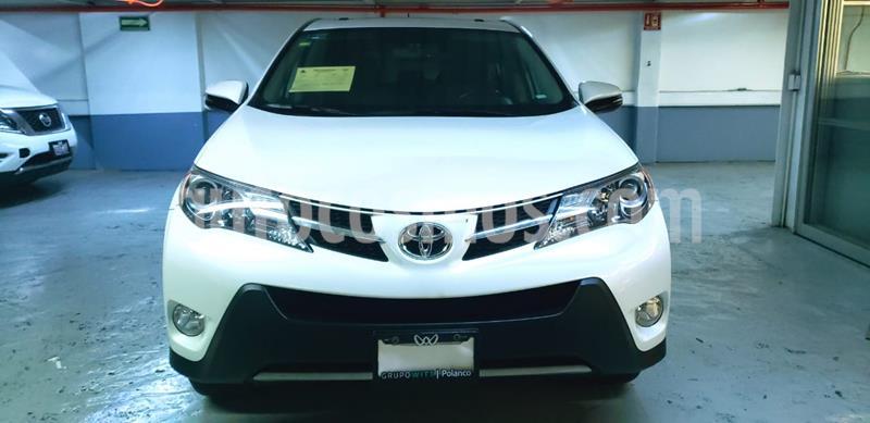 Toyota RAV4 2.4L Limited usado (2015) color Blanco precio $259,000