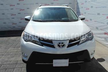 Toyota RAV4 5p Limited L4/2.5 Aut usado (2015) color Blanco precio $270,000