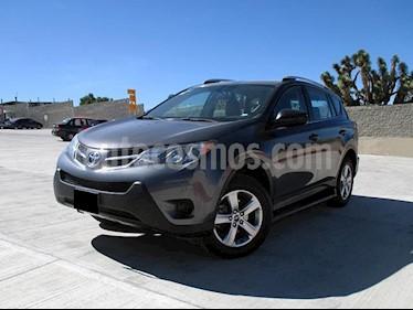 Toyota RAV4 LE usado (2015) color Gris Oscuro precio $260,000