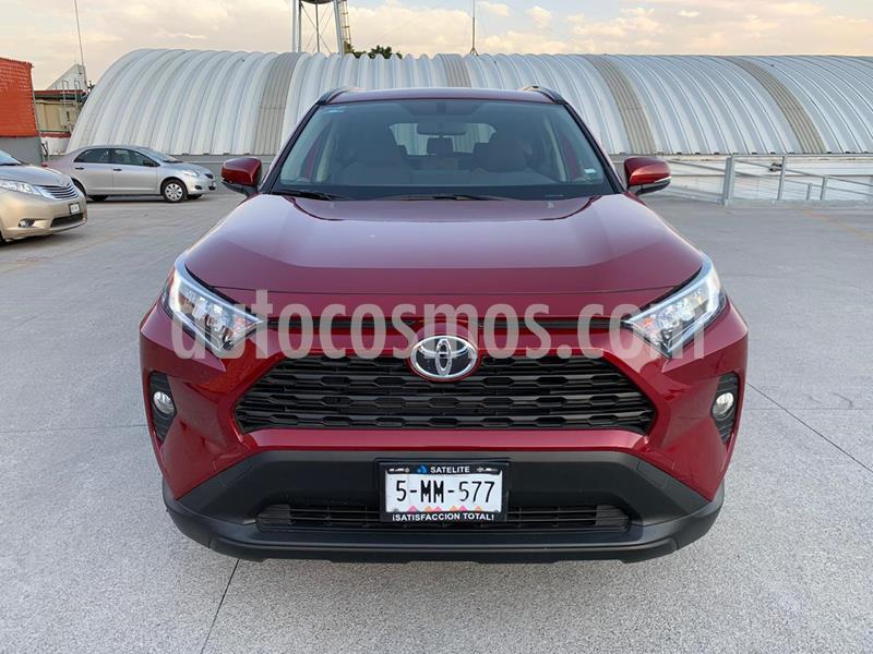 Toyota RAV4 XLE 4WD usado (2020) color Rojo precio $490,000