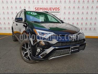 Toyota RAV4 LE usado (2017) color Negro precio $355,000