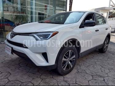 Toyota RAV4 5p LE L4/2.5 Aut usado (2017) color Blanco precio $298,000