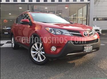 Toyota RAV4 Limited Platinum usado (2015) color Rojo precio $265,000