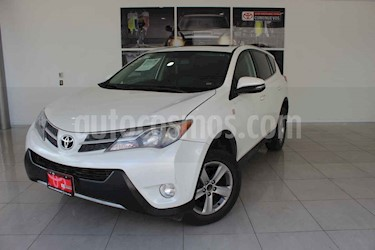 Toyota RAV4 5p Limited L4/2.5 Aut usado (2015) color Blanco precio $290,000