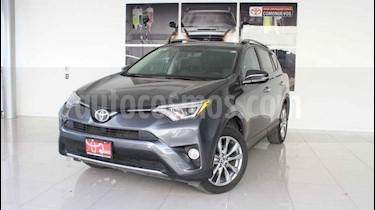 Toyota RAV4 5p Limited L4/2.5 Aut usado (2017) color Gris precio $369,000