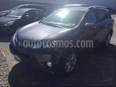 Toyota RAV4 Limited Platinum usado (2015) color Gris precio $318,000