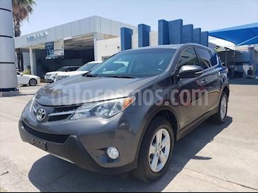 Toyota RAV4 Limited usado (2014) color Gris precio $230,000